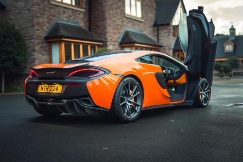 McLaren 650GT-5 (1)