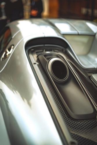 Porsche2 (1)